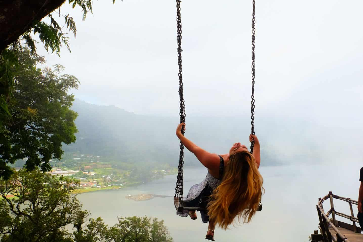 Solo Female Travel The Truth About Traveling Alone As A Woman The Jetsetter Diaries