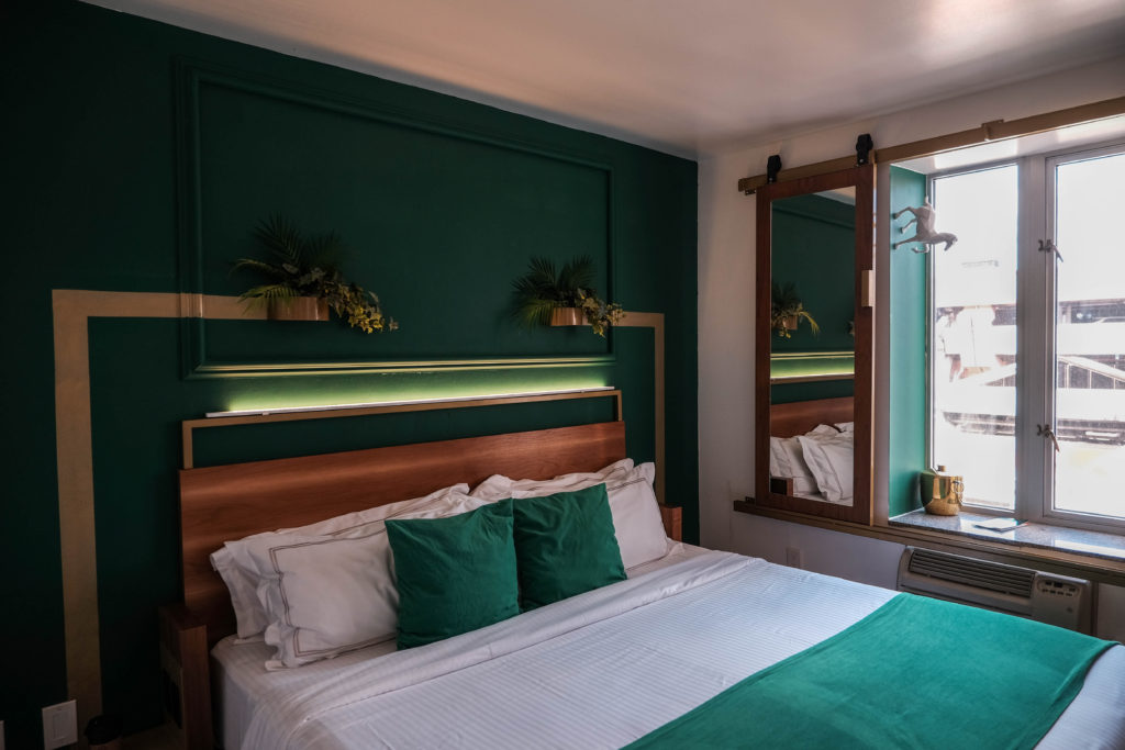 Stylish Budget Hotel In New York Lord And Moris Review